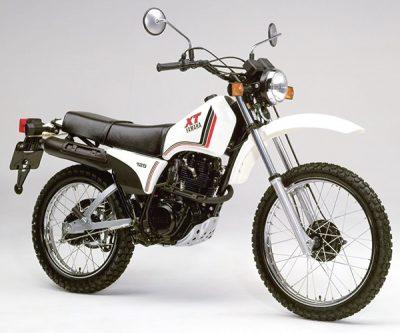 XT125 12V0 A 1982
