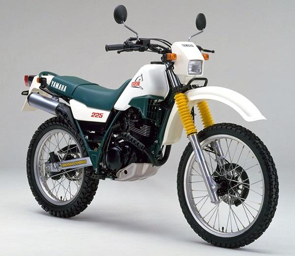 XT225 1KH A