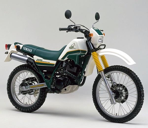 XT225 2LN A