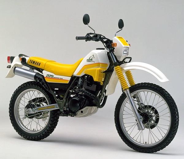 XT225 2LN B