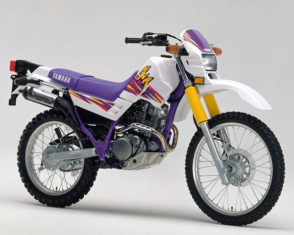 XT225 4BEA