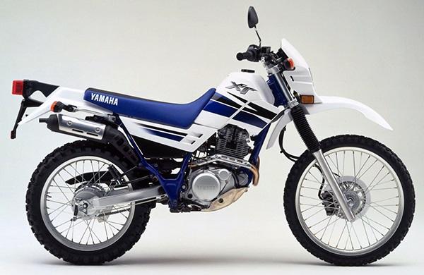 XT225 4BEY A