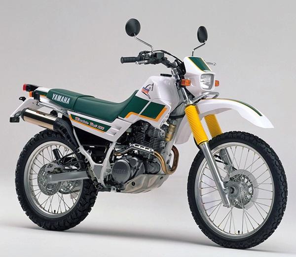 XT225 4JG1 B