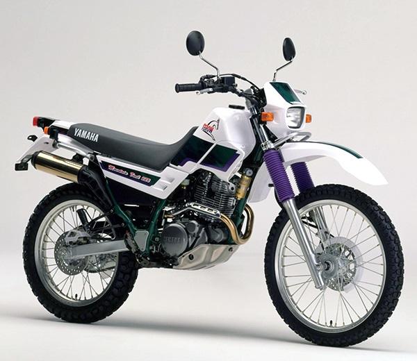 XT225 4JG2 B