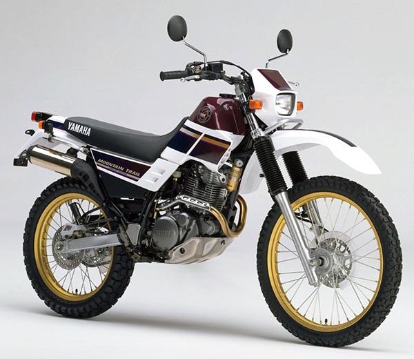 XT225 4JG4 A