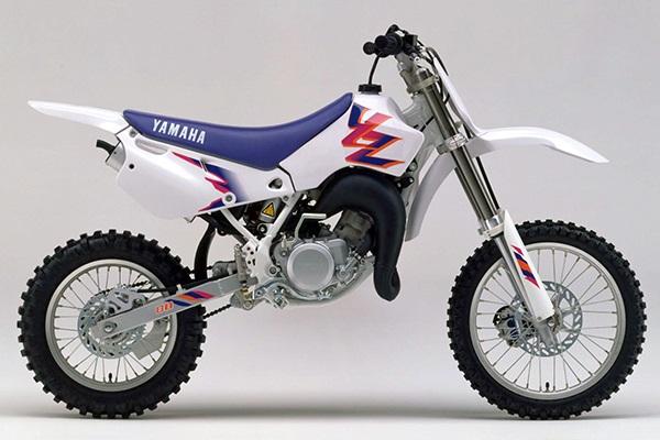 YZ80 4ES1